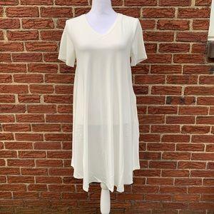 V-neck tee shirt dress with pockets